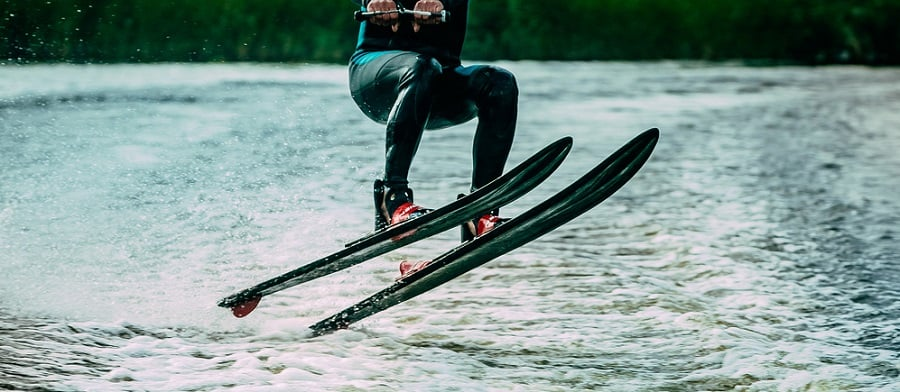 Slalom Water Skis Features